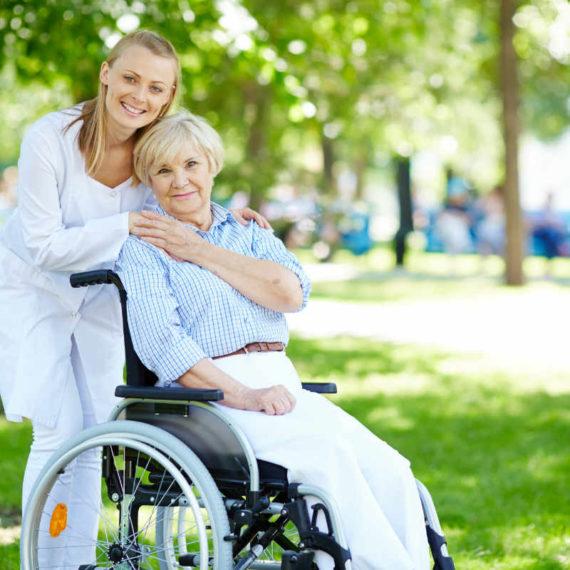 Cuidado de personas mayores a domicilio Vigo